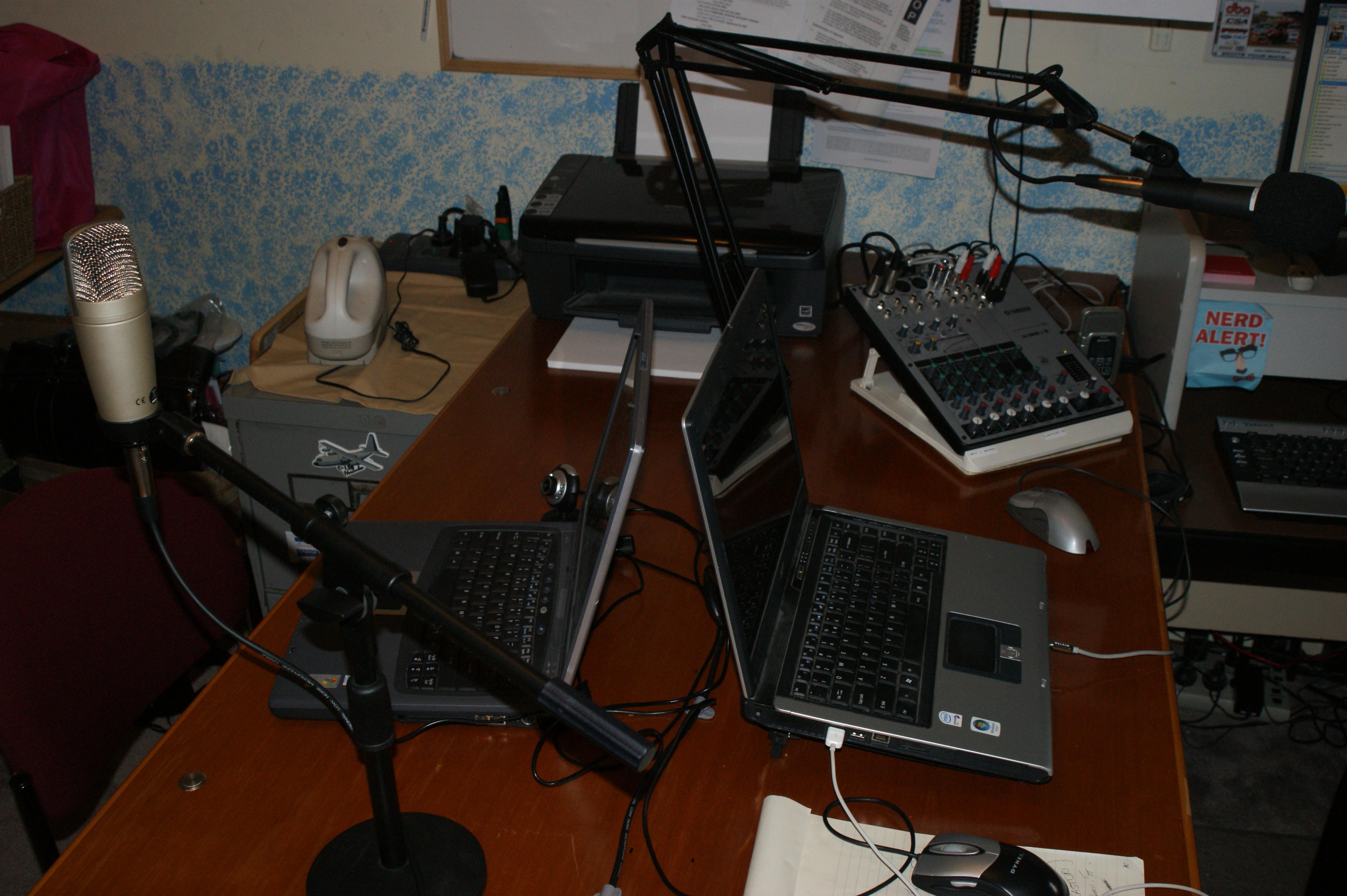 Yamaha Mixer Stand