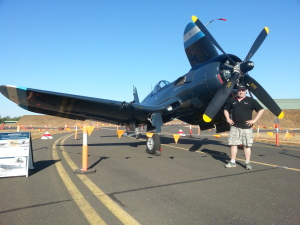 Grant is very impressed with Graham Hosking's F4U-5N Corsair